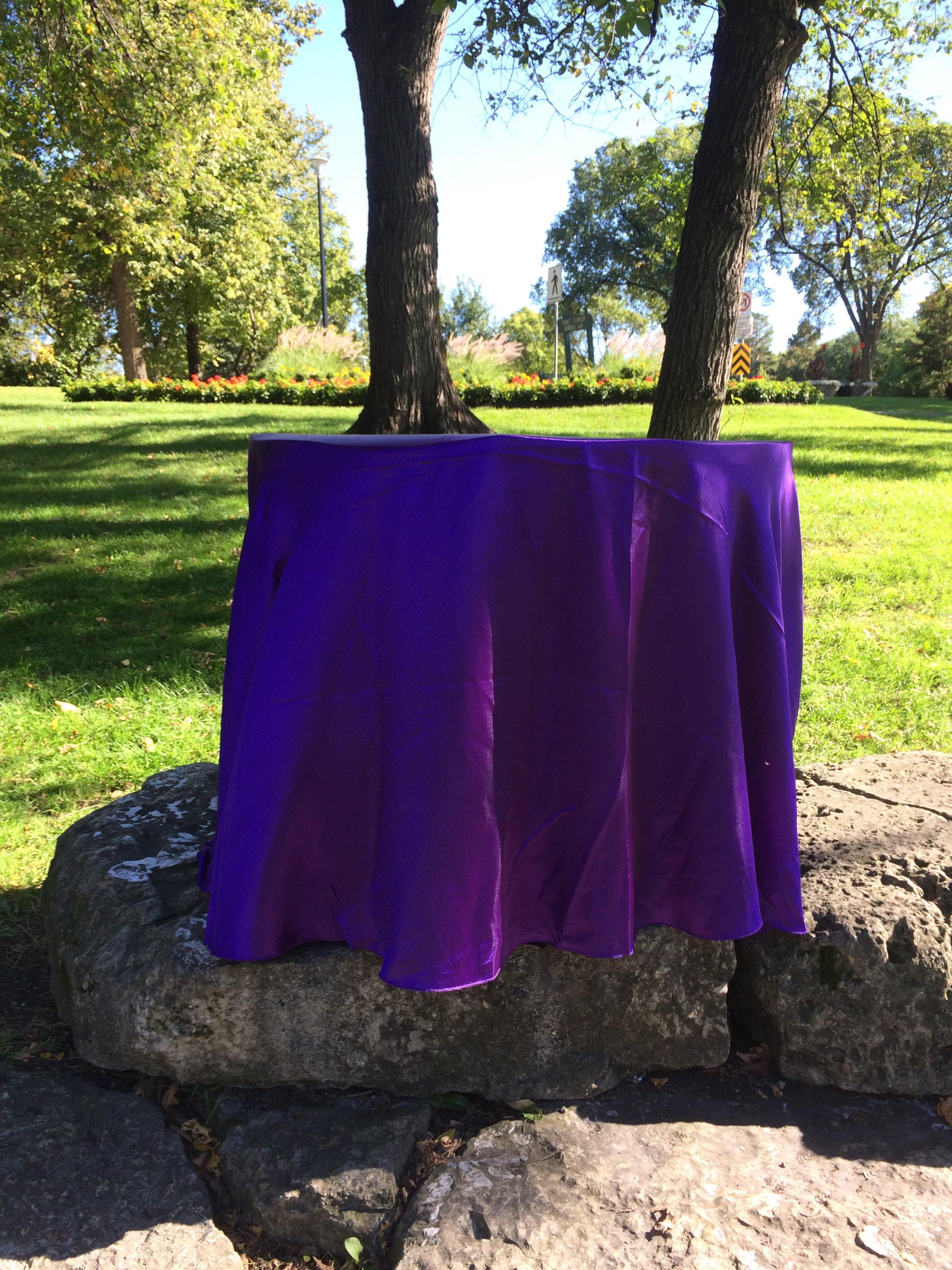 PURPLE SATIN TABLE CLOTH