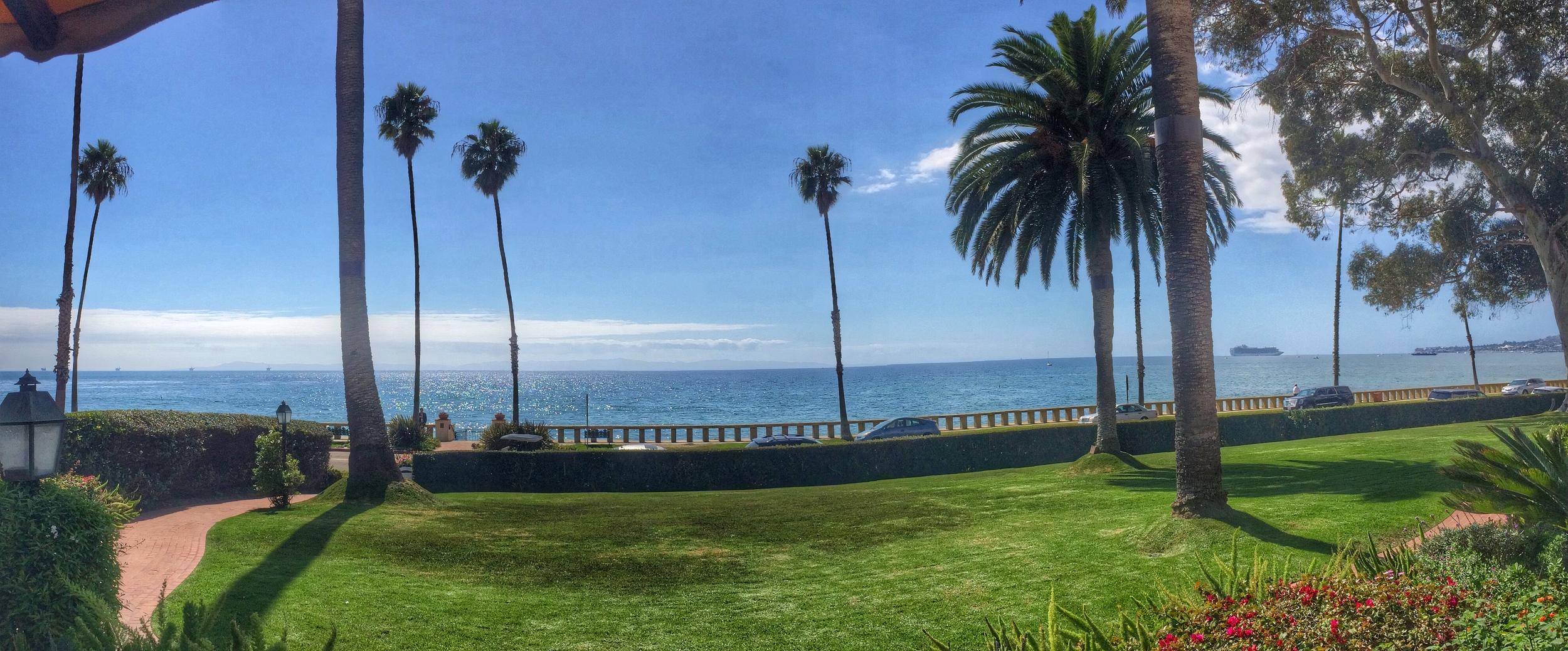 Pacific Ocean View for Breakfast