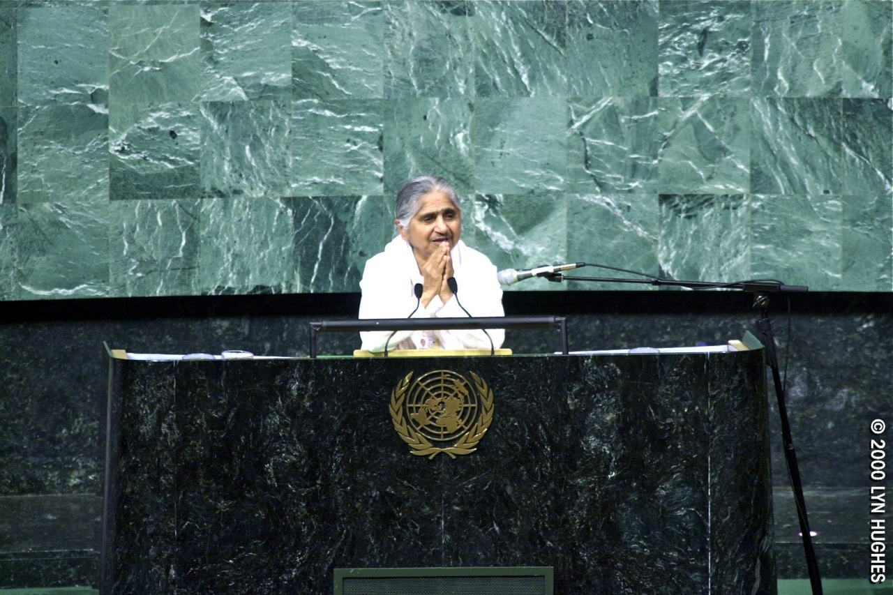 dadi janki giving address at a multi-faith gathering in the general assembly hall of the United Nations headquarters, New York. C. 2000