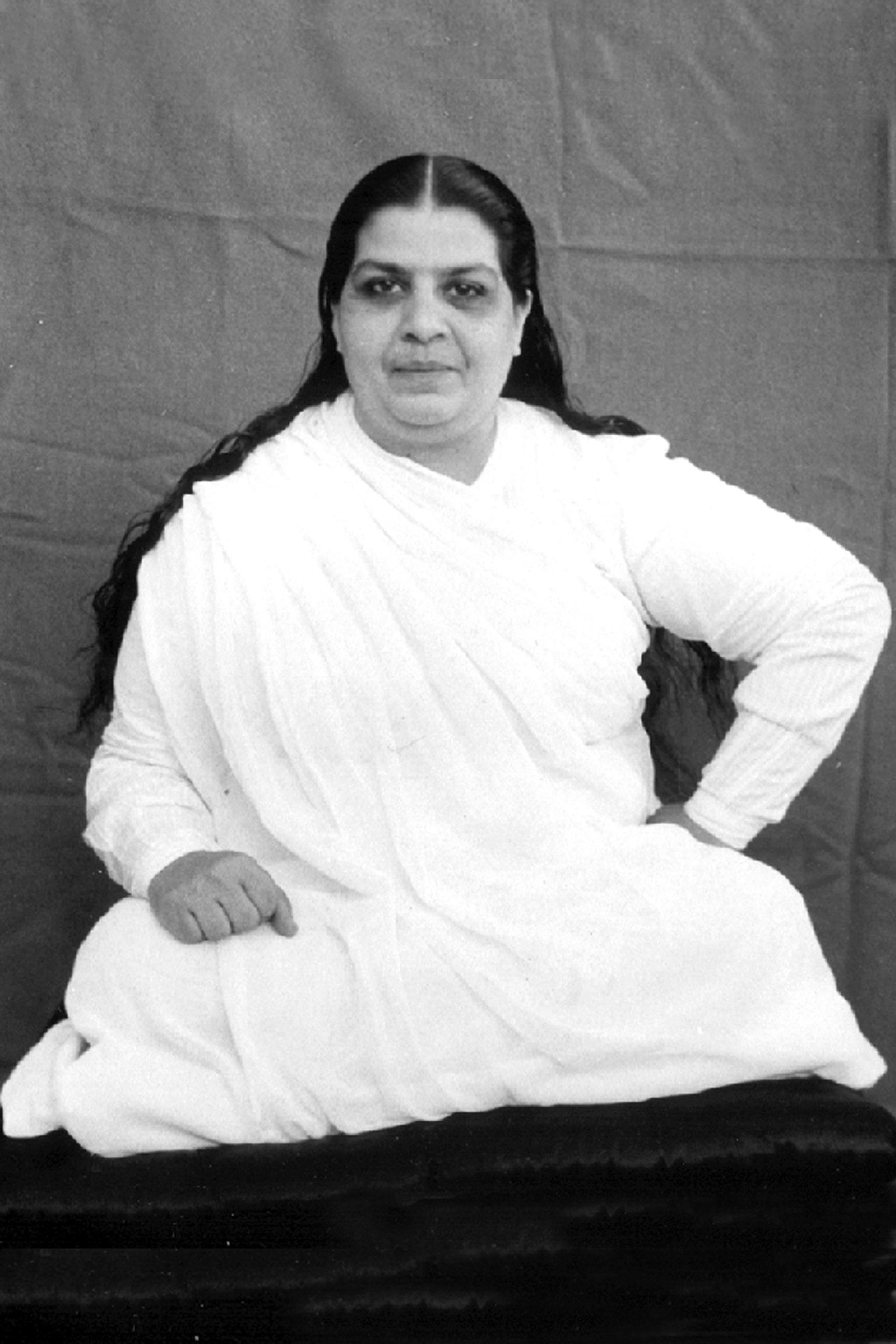 Mama sitting yogi.jpg