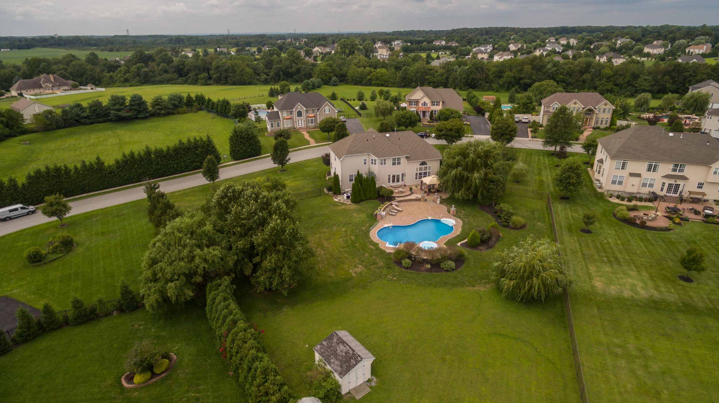 Drone -12 Hunters Creek Cir-10.jpg