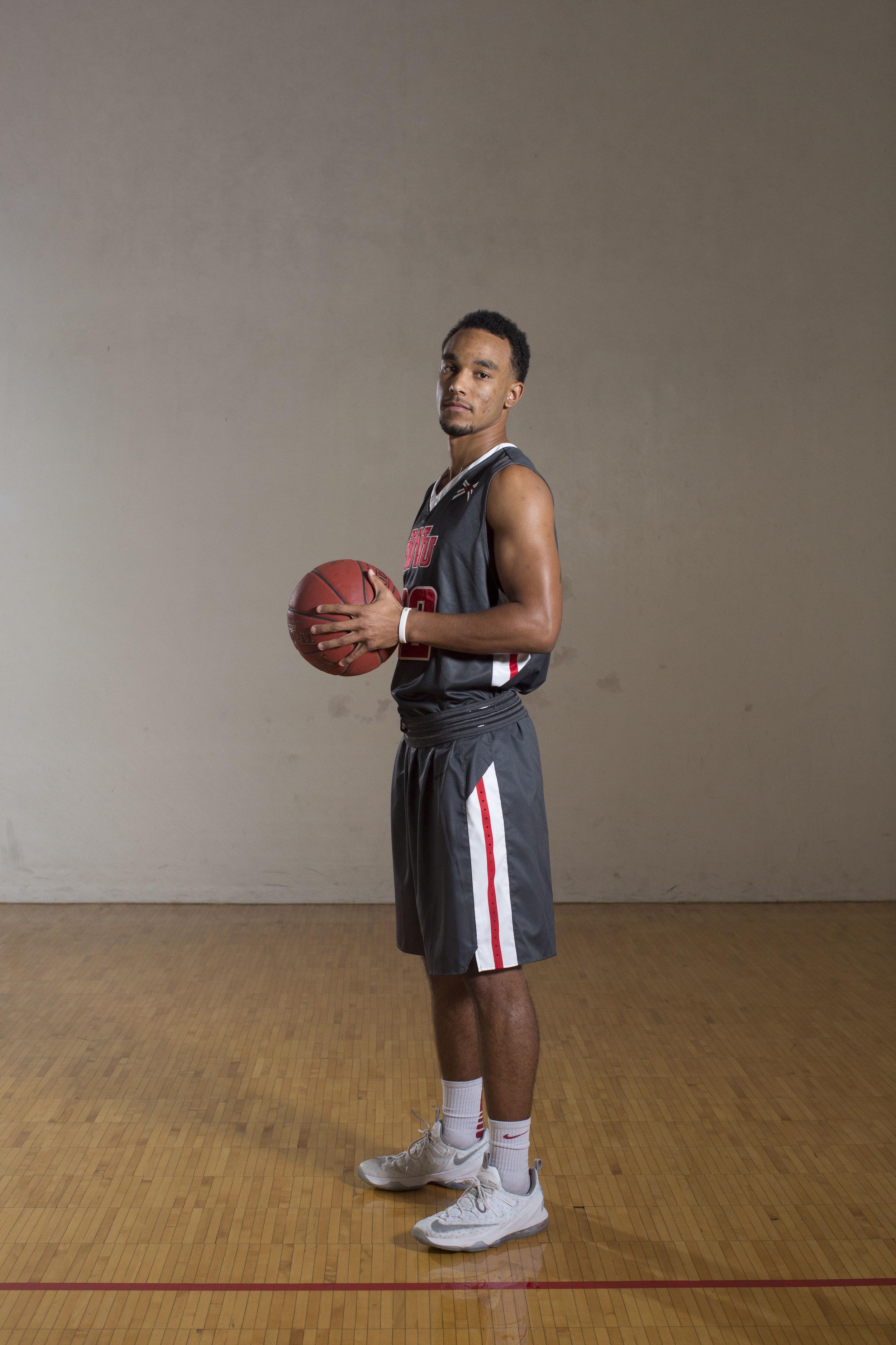 Men's Basketball_63.jpg