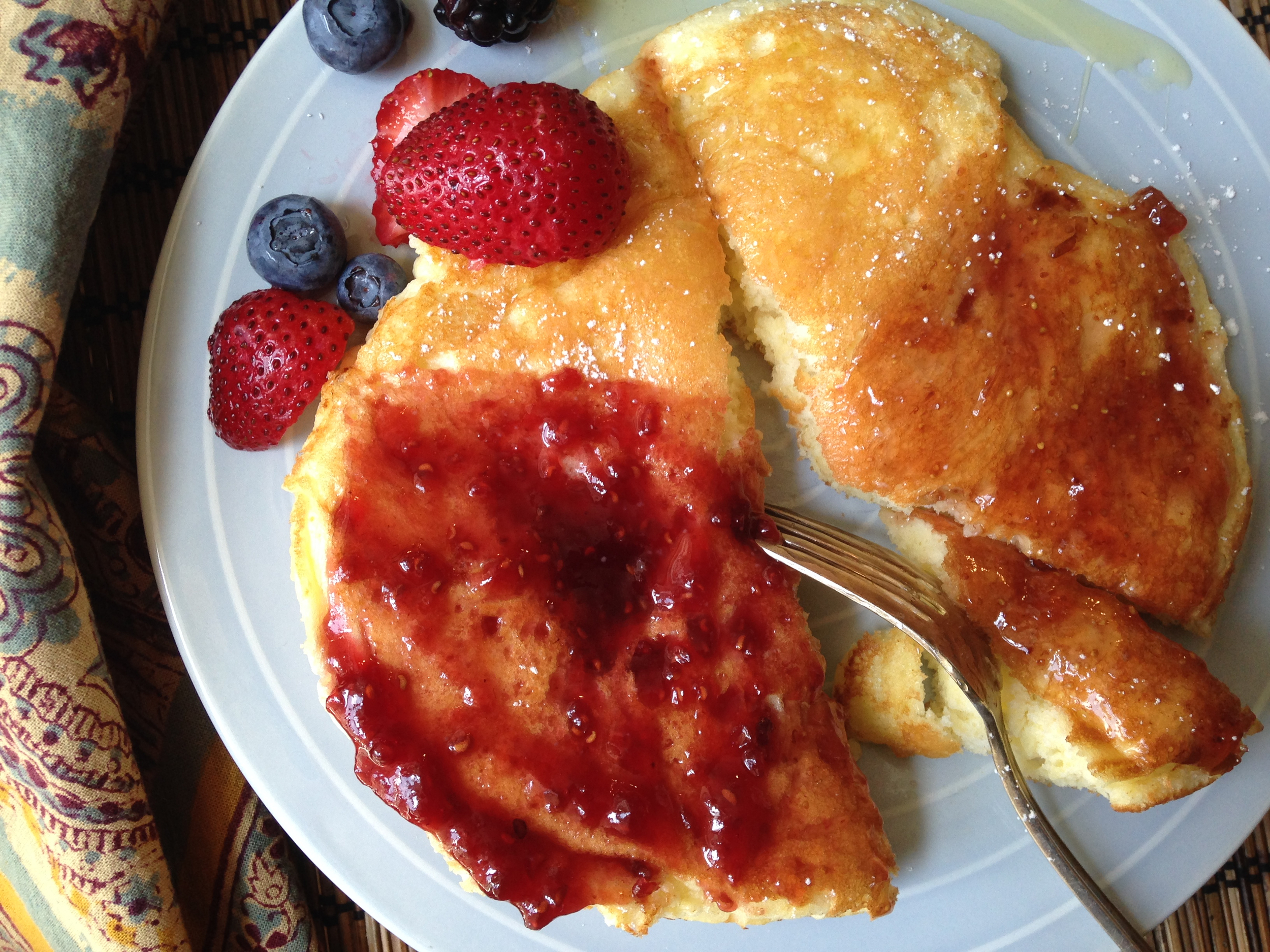 Sweet Soufleed Omelet With Jam. Scroll down for the recipe!