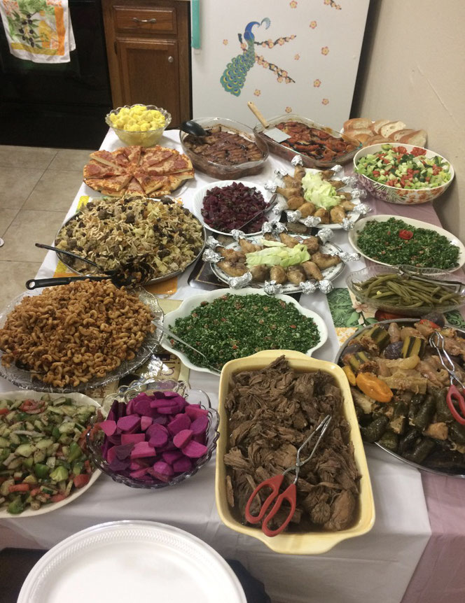 Feast at weekly Iraqi family gathering, José Grijalva