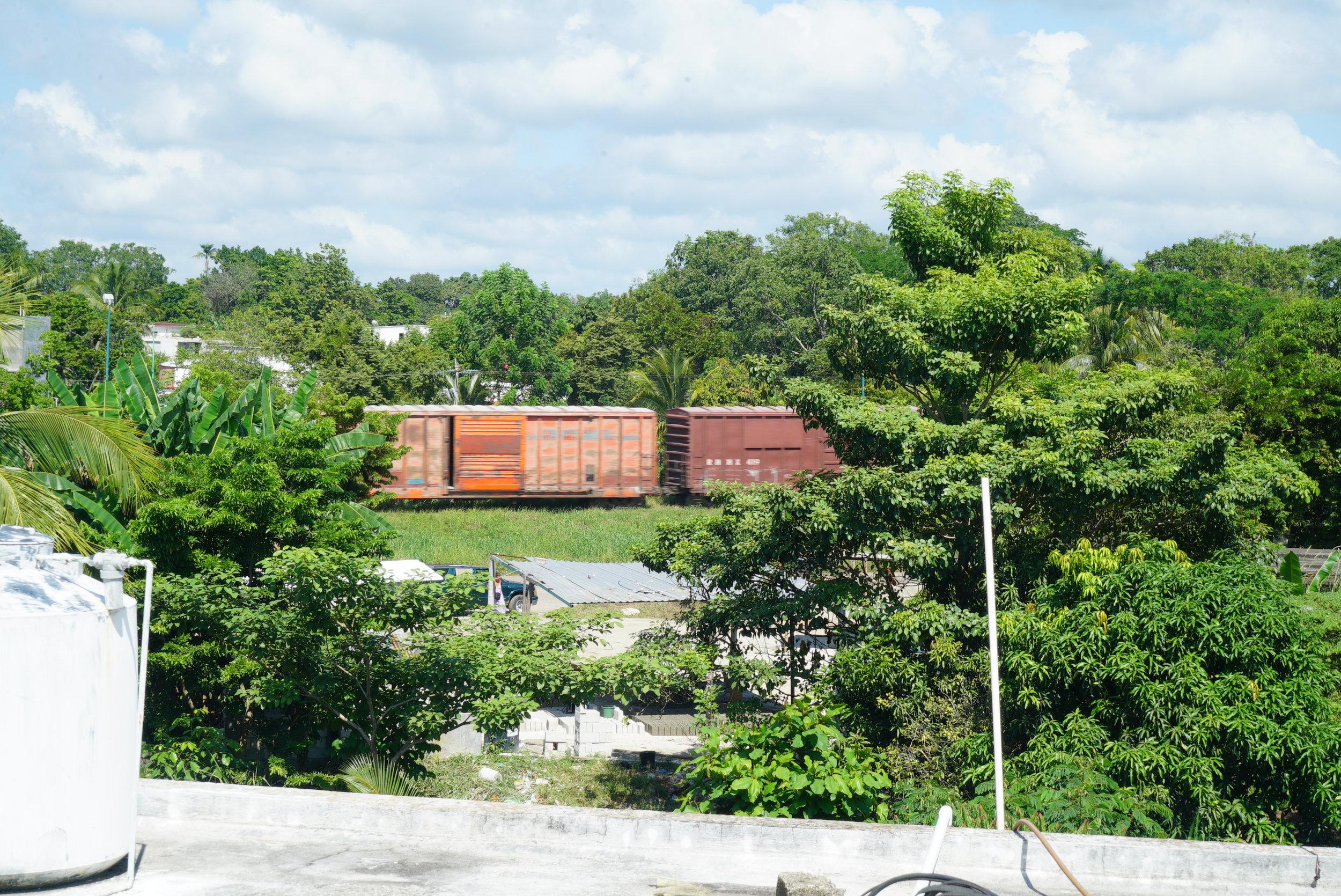 Cerca de las vías del tren, Tenosique, Tabasco.Créditos Fotográficos:Irving Mondragón.