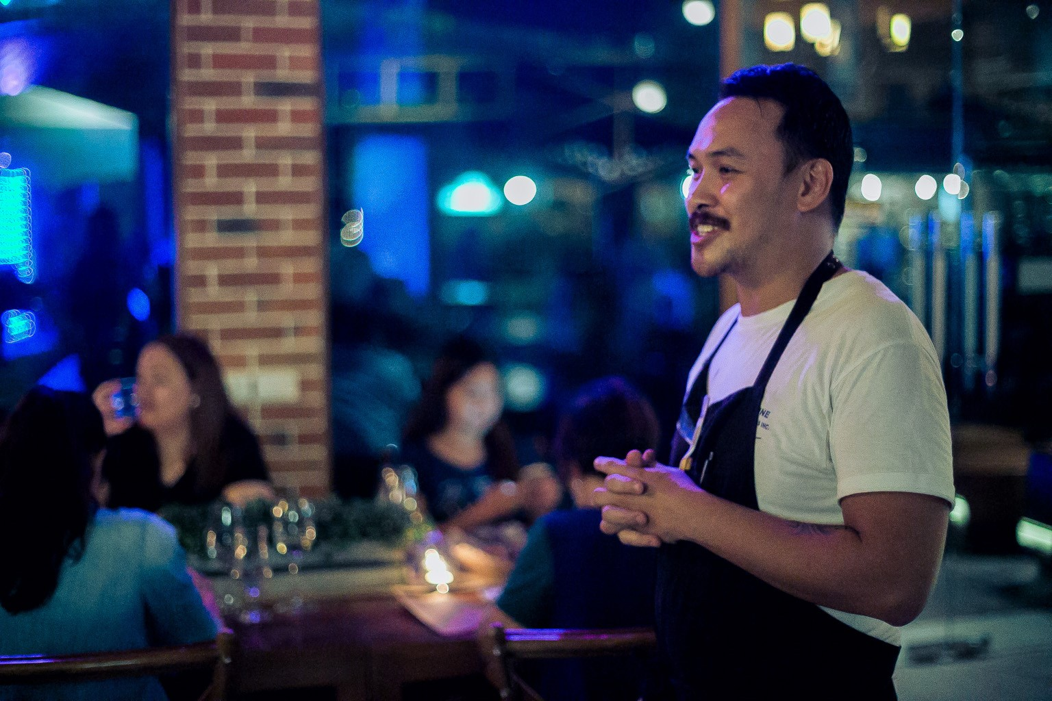 Chef Chino Mempin of Plato introducing the menu at their first pop-up dinner, January 2015. Photo credit,  Dusteinsibug Photography . Photo via Plato CdeO's Facebook page.