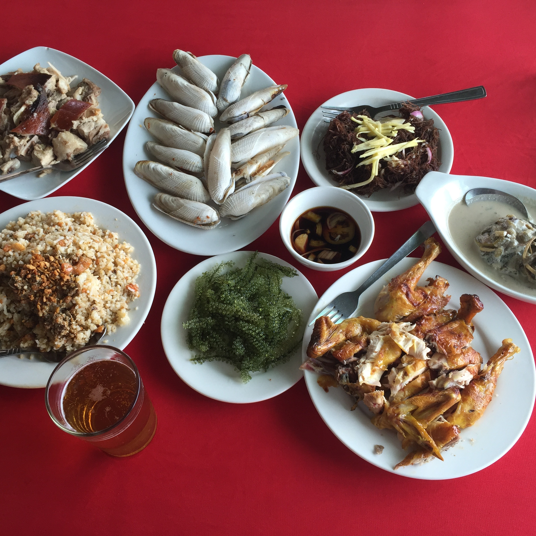 Seafood, crab fat rice, native chicken – Breakthrough Restaurant, Iloilo