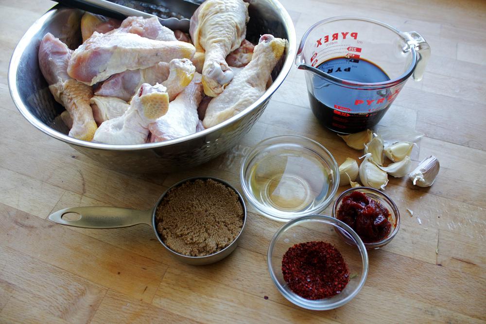 The ingredients: chicken drumsticks, soy sauce, rice wine vinegar, brown sugar, garlic,  gochugaru  and  gochujang .