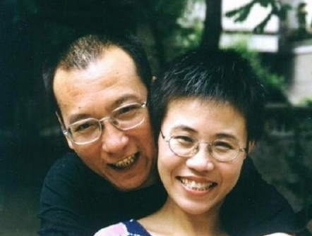 PEN is calling for the immediate and unconditional release of Liu Xiaobo and wife, Liu Xia.