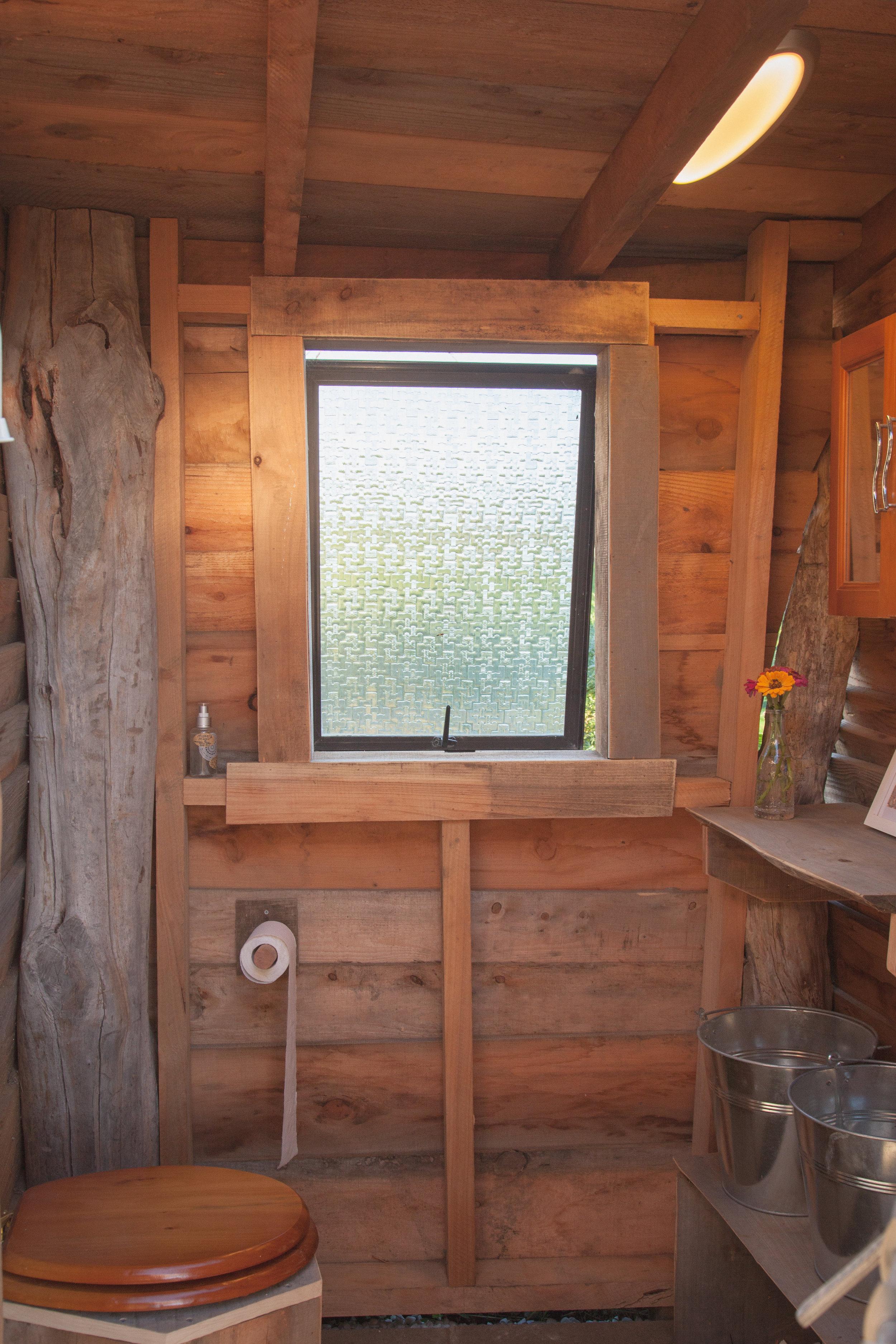 compost toilet cob2.jpg