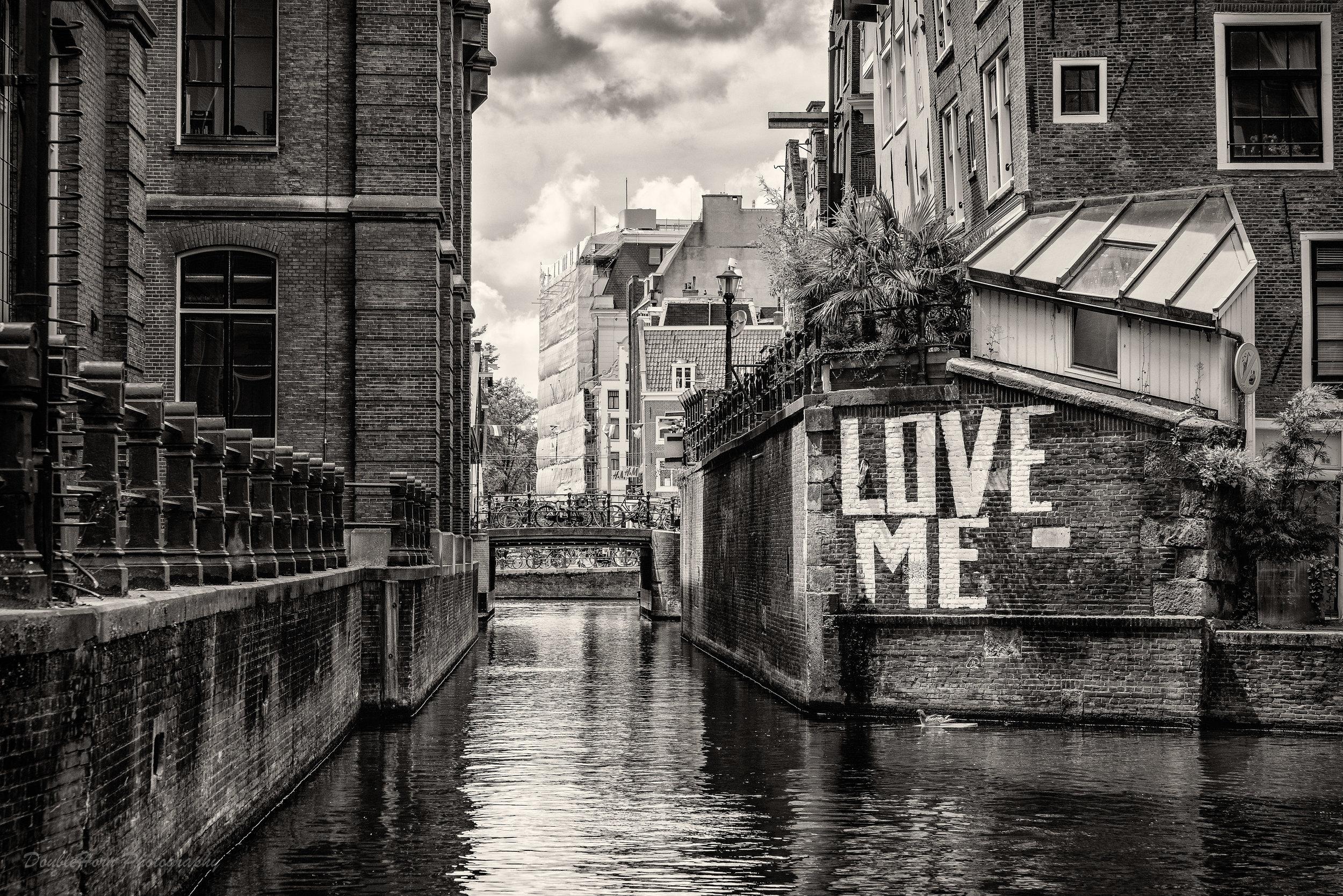 Amsterdam Love Me Web.jpg