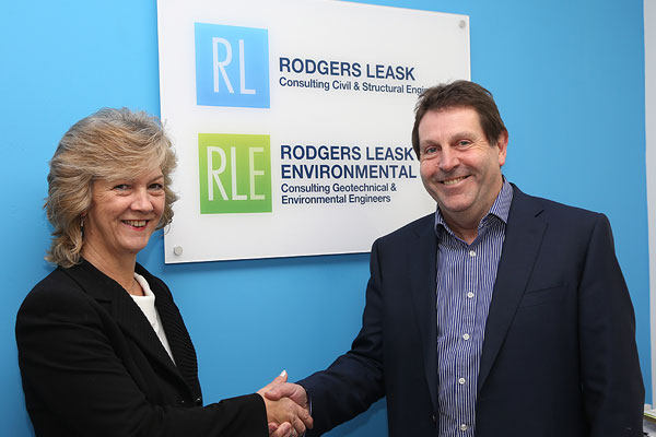 From left to right: Sue Hewish and Andy Leask