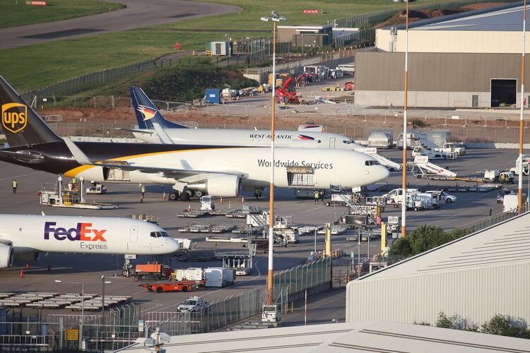 East_Midlands_Airport_2.jfif