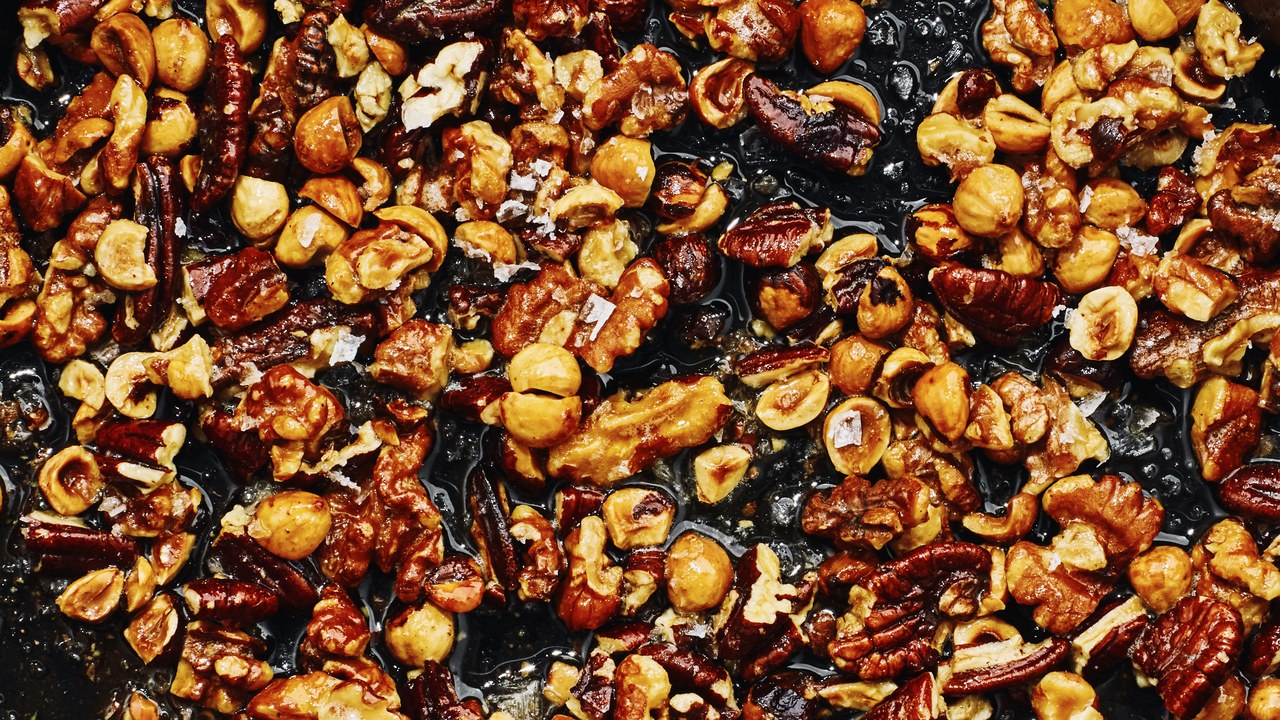 Basically-Toasted-Nuts-01.jpg