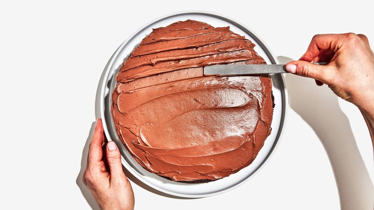 Basically-Chocolate-Cake-Frosting-03.jpg