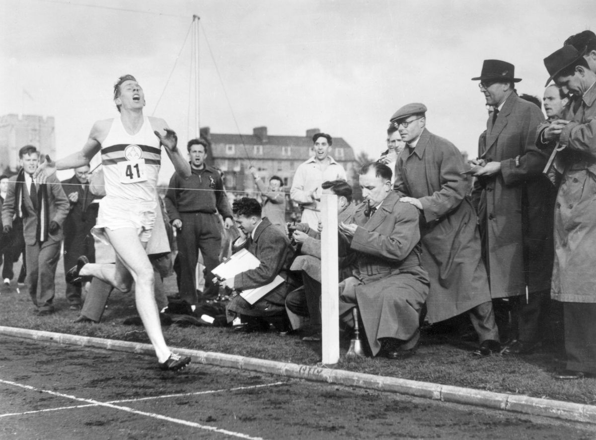 Roger Bannister breaking the 4min mile at Oxford, 1954.  PHOTOGRAPH BY NORMAN POTTER/CENTRAL PRESS/GETTY/THE NEW YORKER