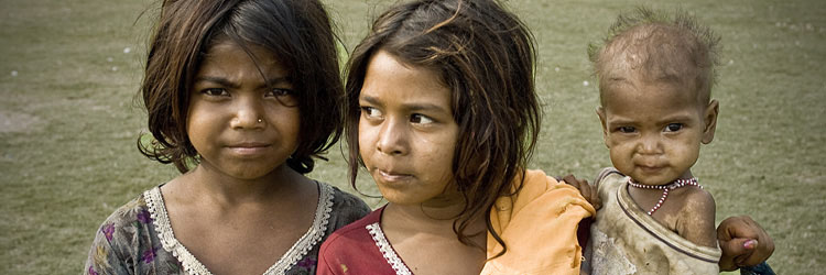 child-poverty-young-mothers-small.jpg