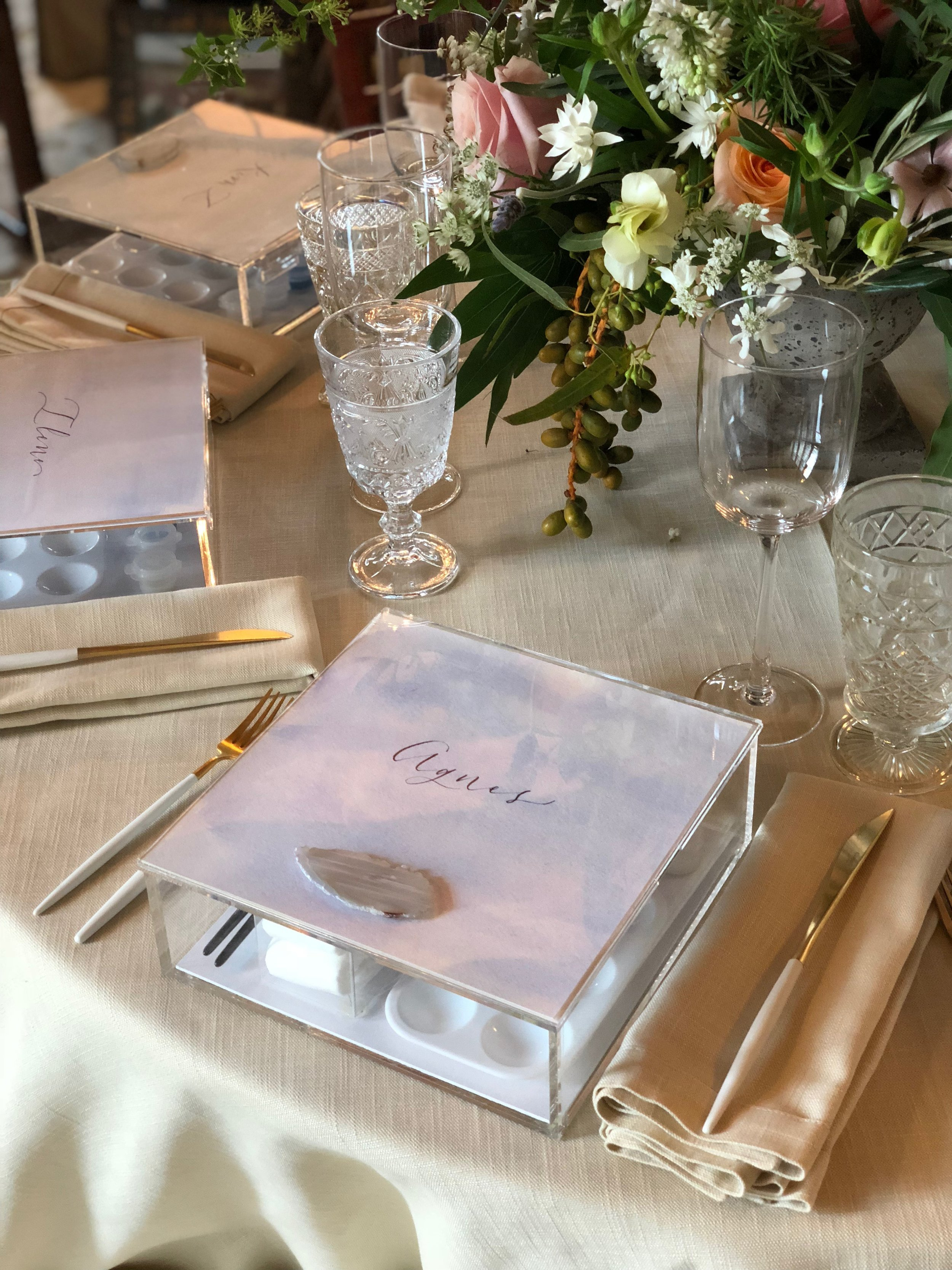 ACRYLIC WATERCOLOR BOX WITH PLACE CARD