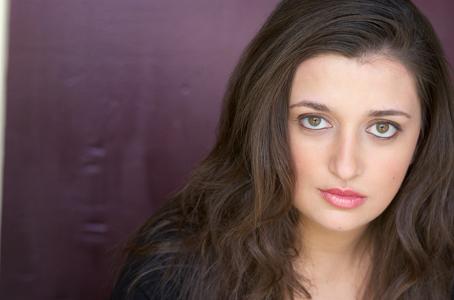 Hannah Pell (Becky)