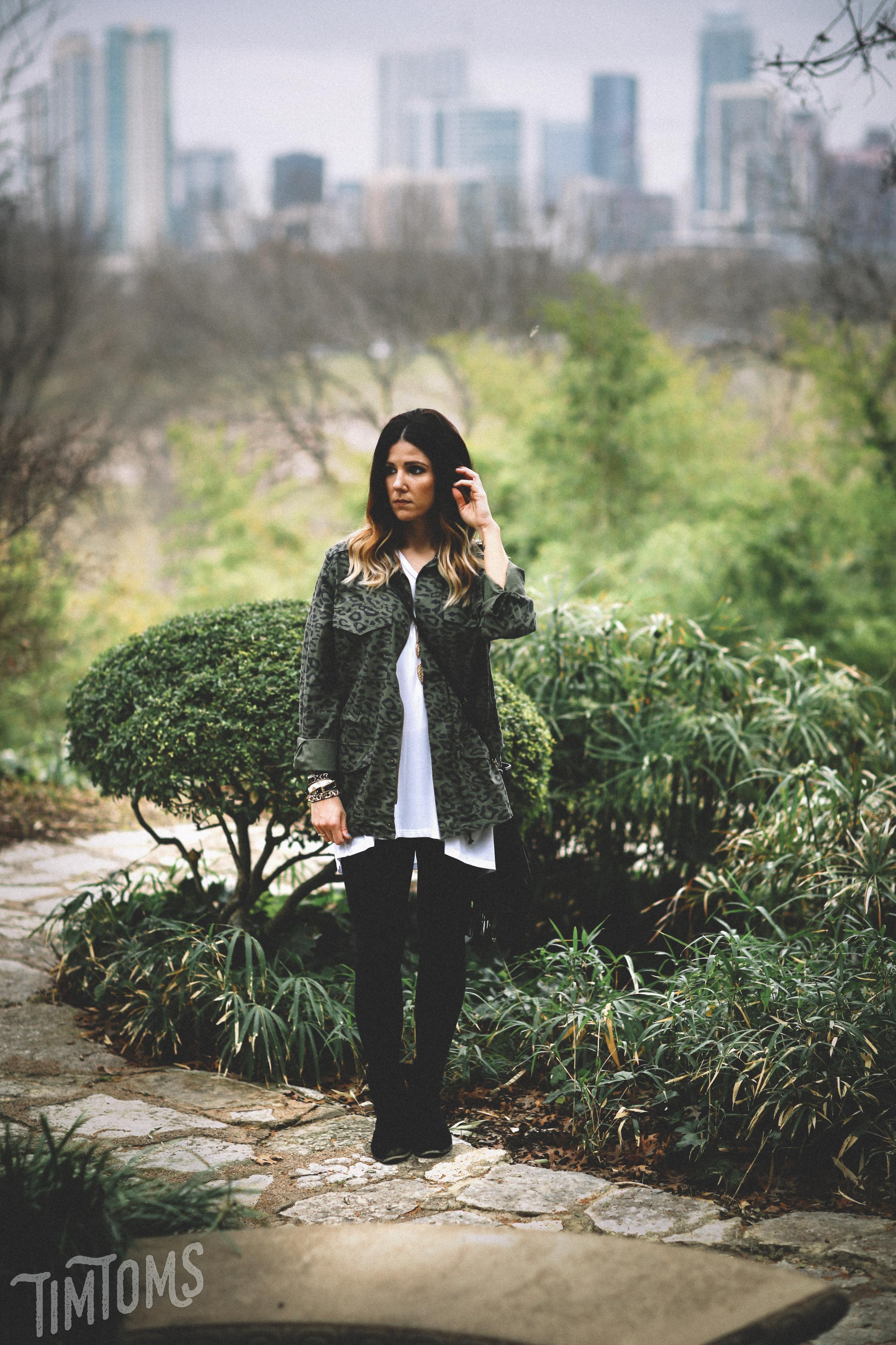 Austin Botanical Garden Engagement Pictures
