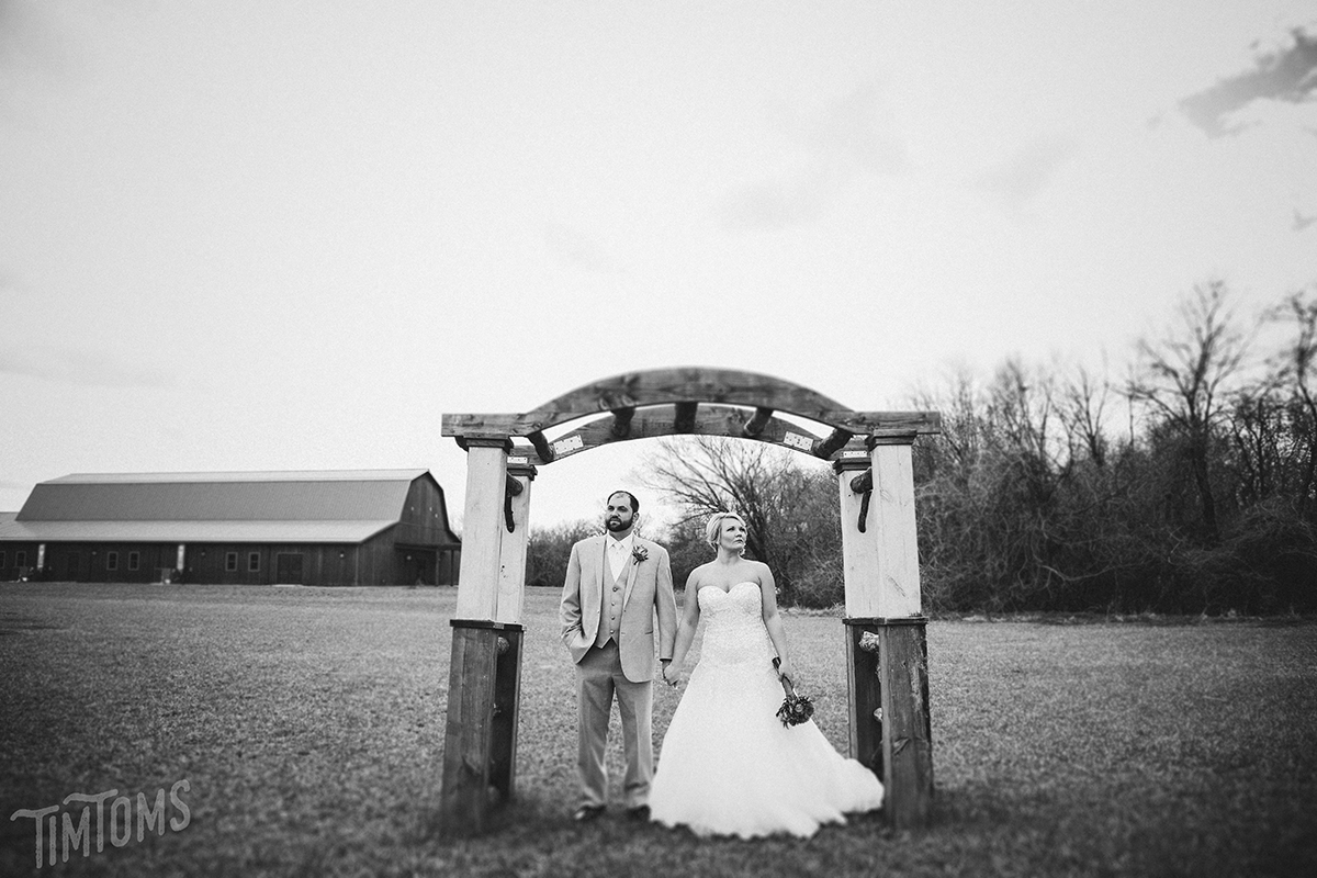 Barn at Timber Cover Wedding Venue Pittsburg Kansas