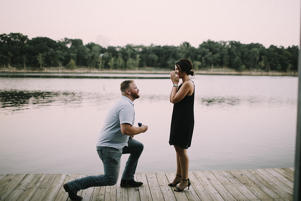 wedding photographer engagement proposal table rock lake