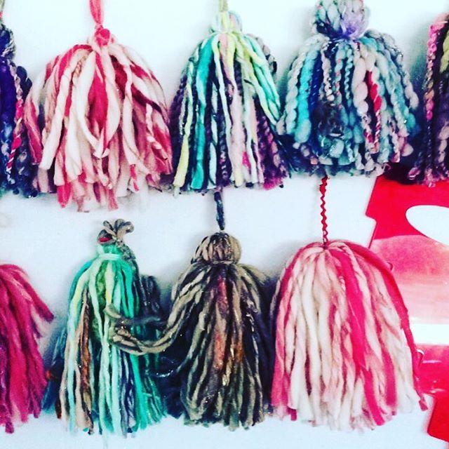 Making tassels with my cool tassel gadget. #redllamastudio #holiday2016 #custommodernchristmasstockings