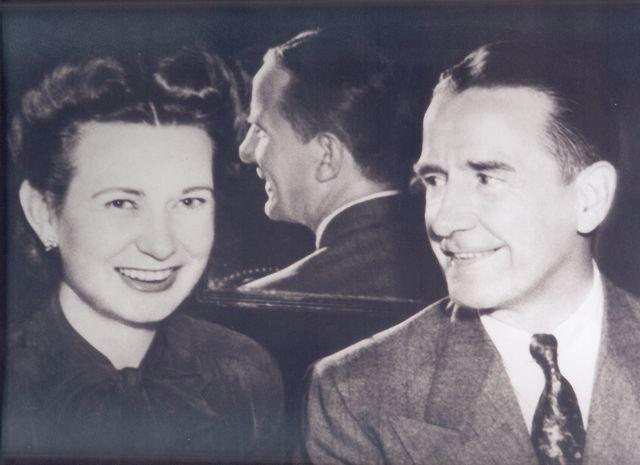 Corella and Bertram Bonner.jpg