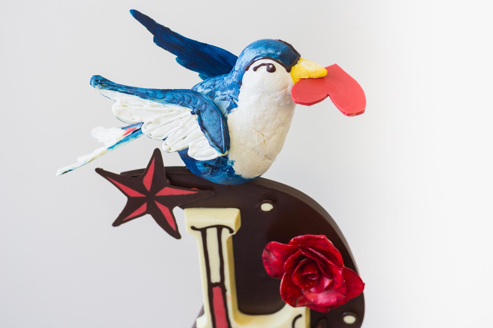 chocolate-sculpture-bird