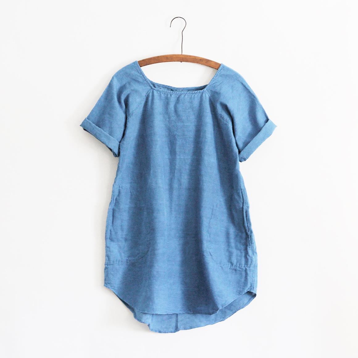 Natural indigo tunic by Pippa Romana studio. Handspun khadi cotton fibers.