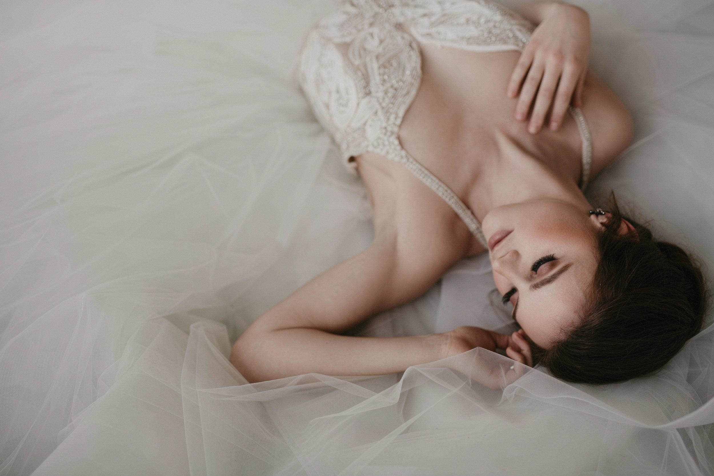 EPCOR Bridal Shoot-Hue of Blue Photography-0072.jpg