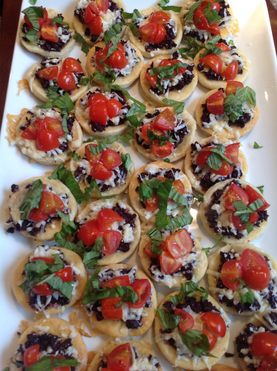 Tomato, Olive, and Fontina Tartlets