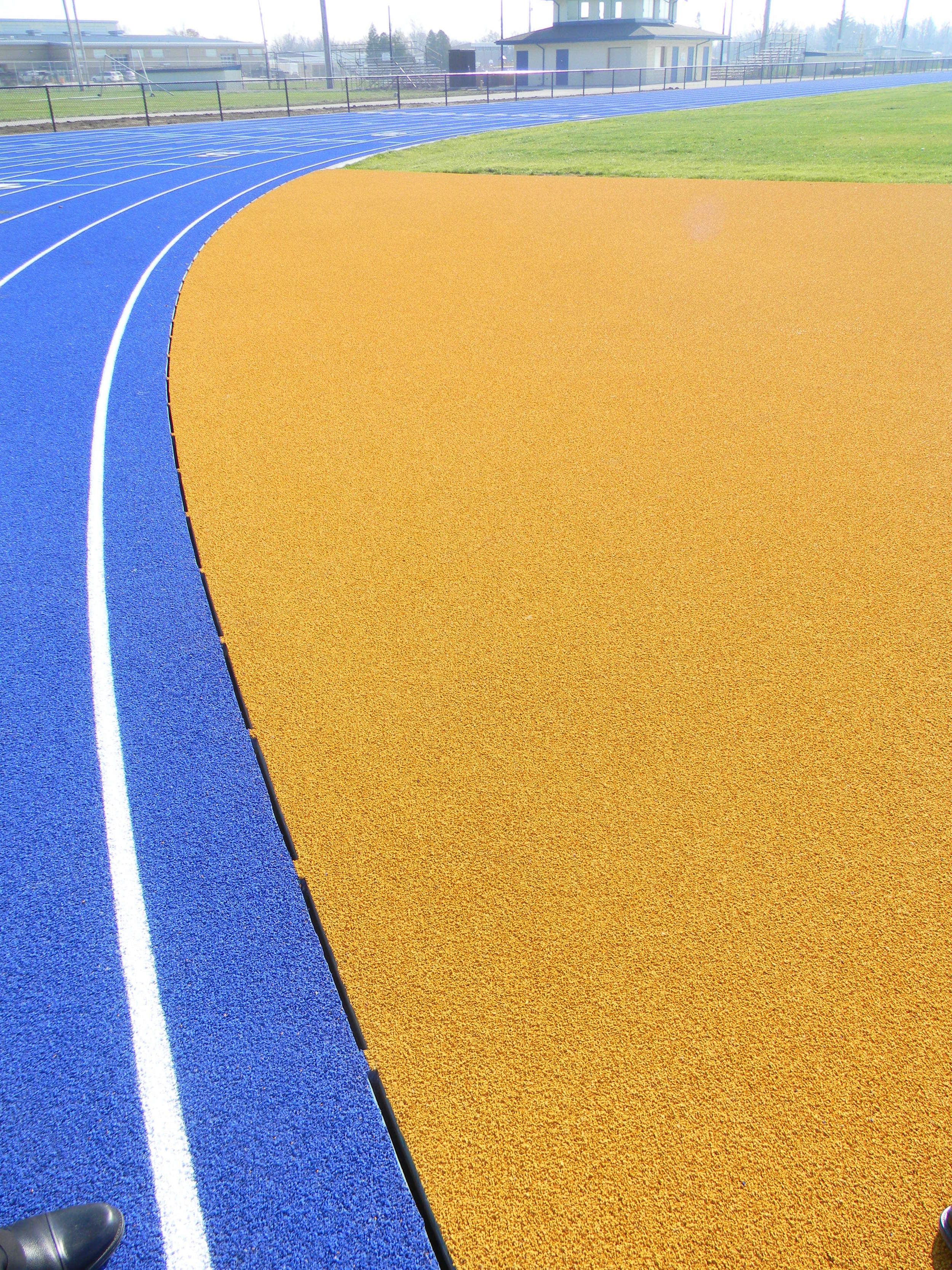 www.rcmarchitects.com - findlay city schools - coopertires track field complex (3)