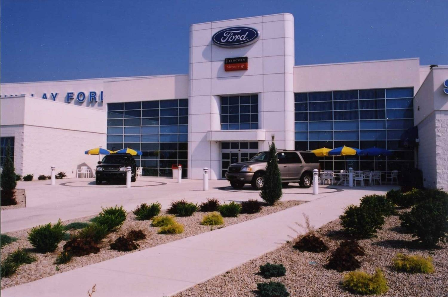 Findlay Ford Dealership (now Reineke Ford Lincoln)