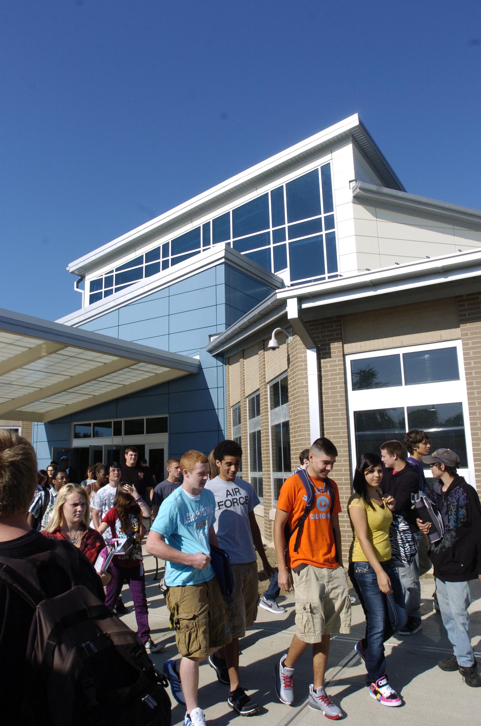 www.rcmarchitects.com - findlay city schools: millstream career center (4)