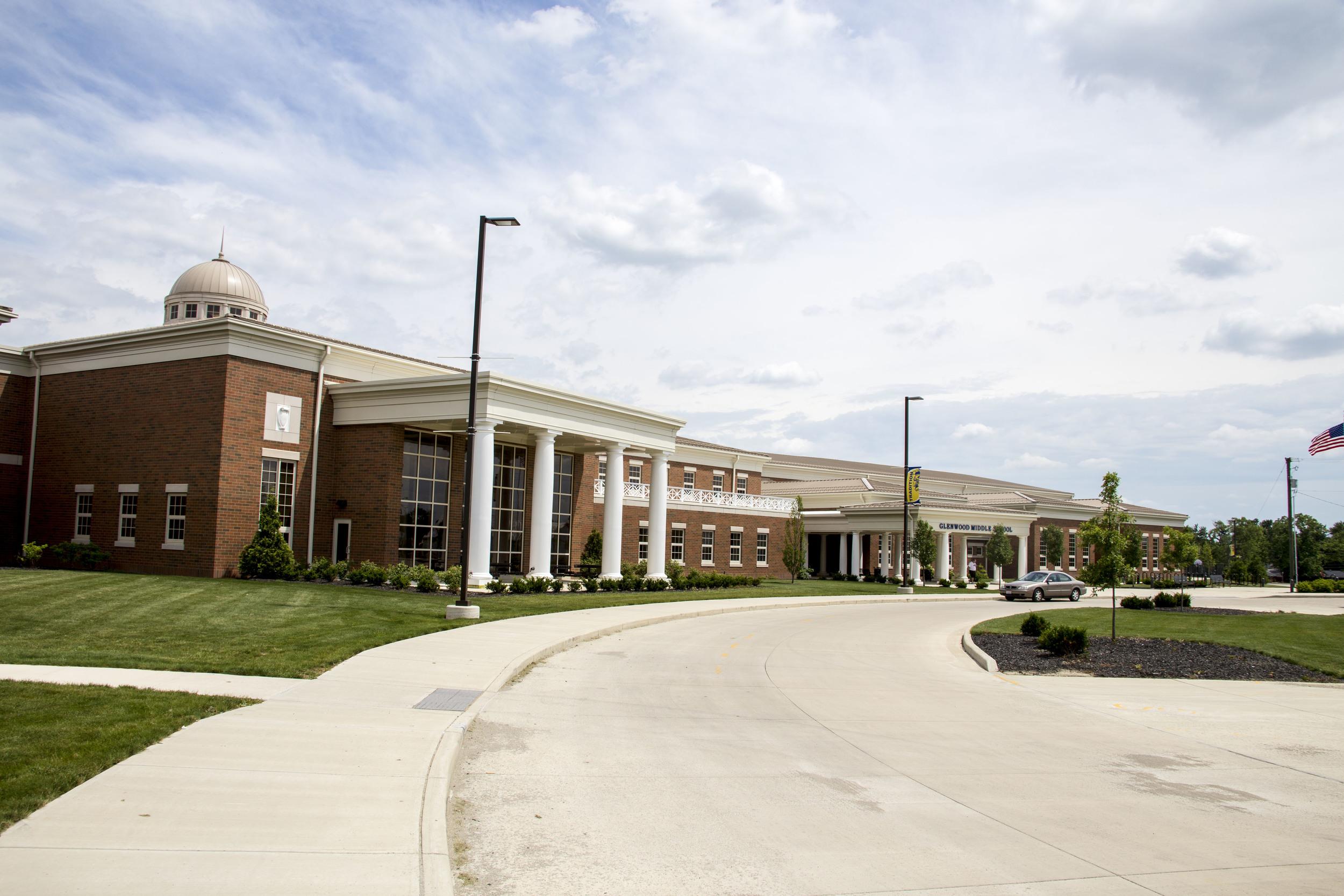 www.rcmarchitects.com - findlay city schools - glenwood middle school (2)