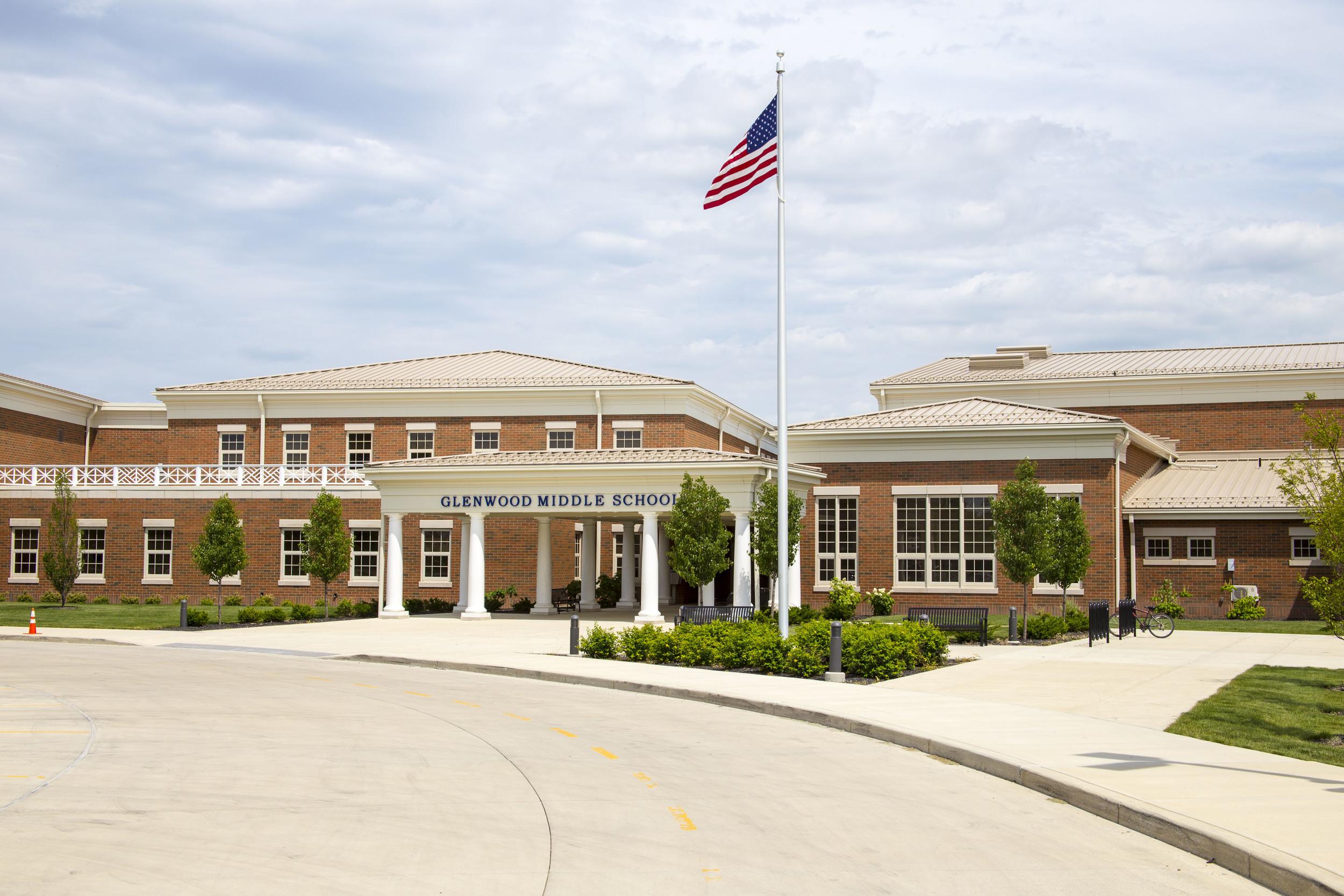 www.rcmarchitects.com - findlay city schools - glenwood middle school (1)