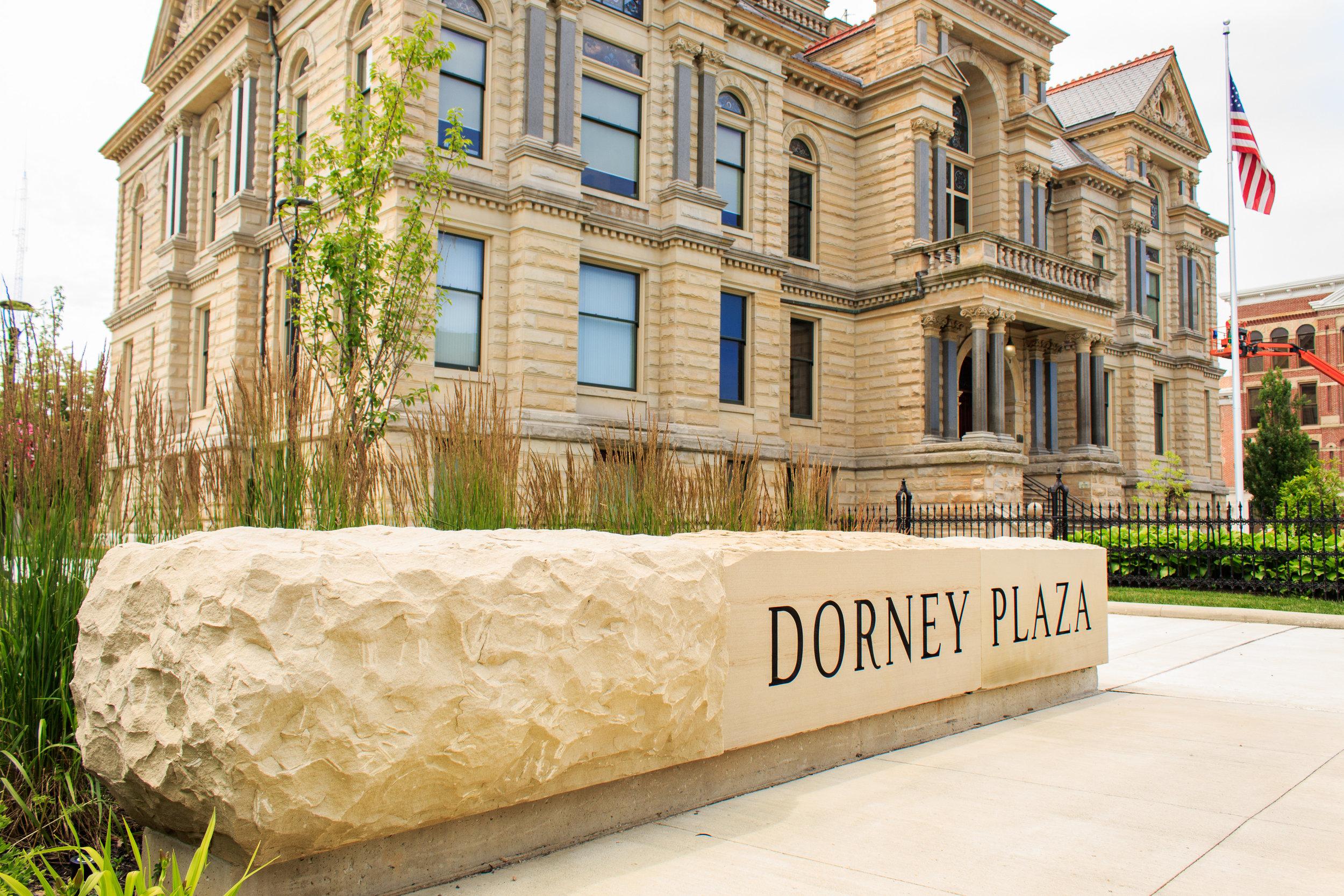 Dorney Plaza, Findlay