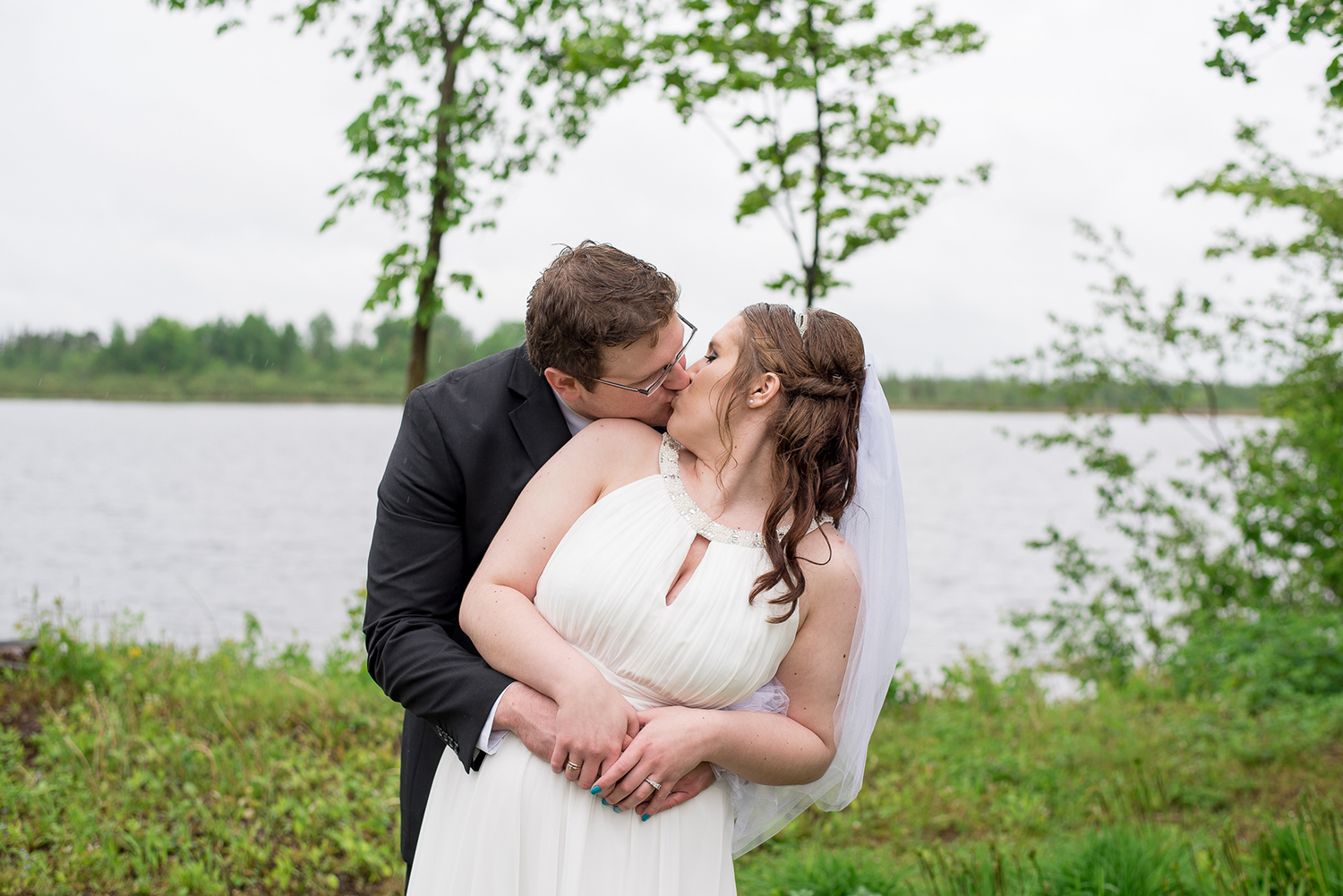 minnesota lake wedding.jpg