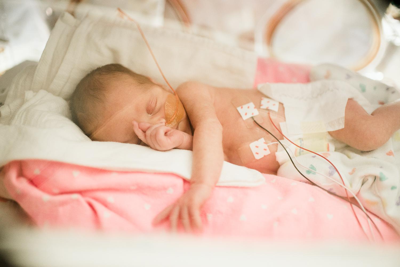 newborn duluth mn.jpg