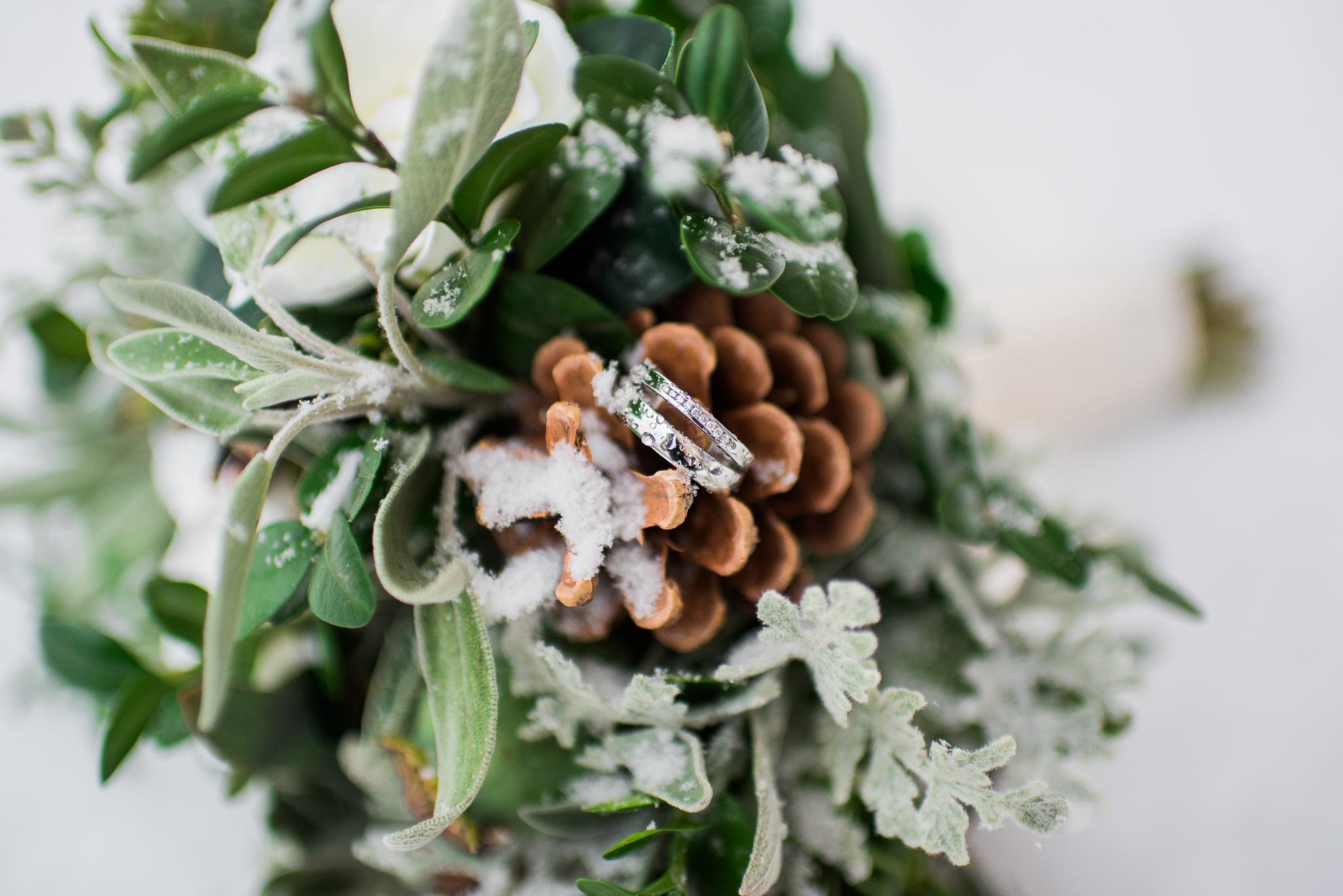 pine cone flower boquet