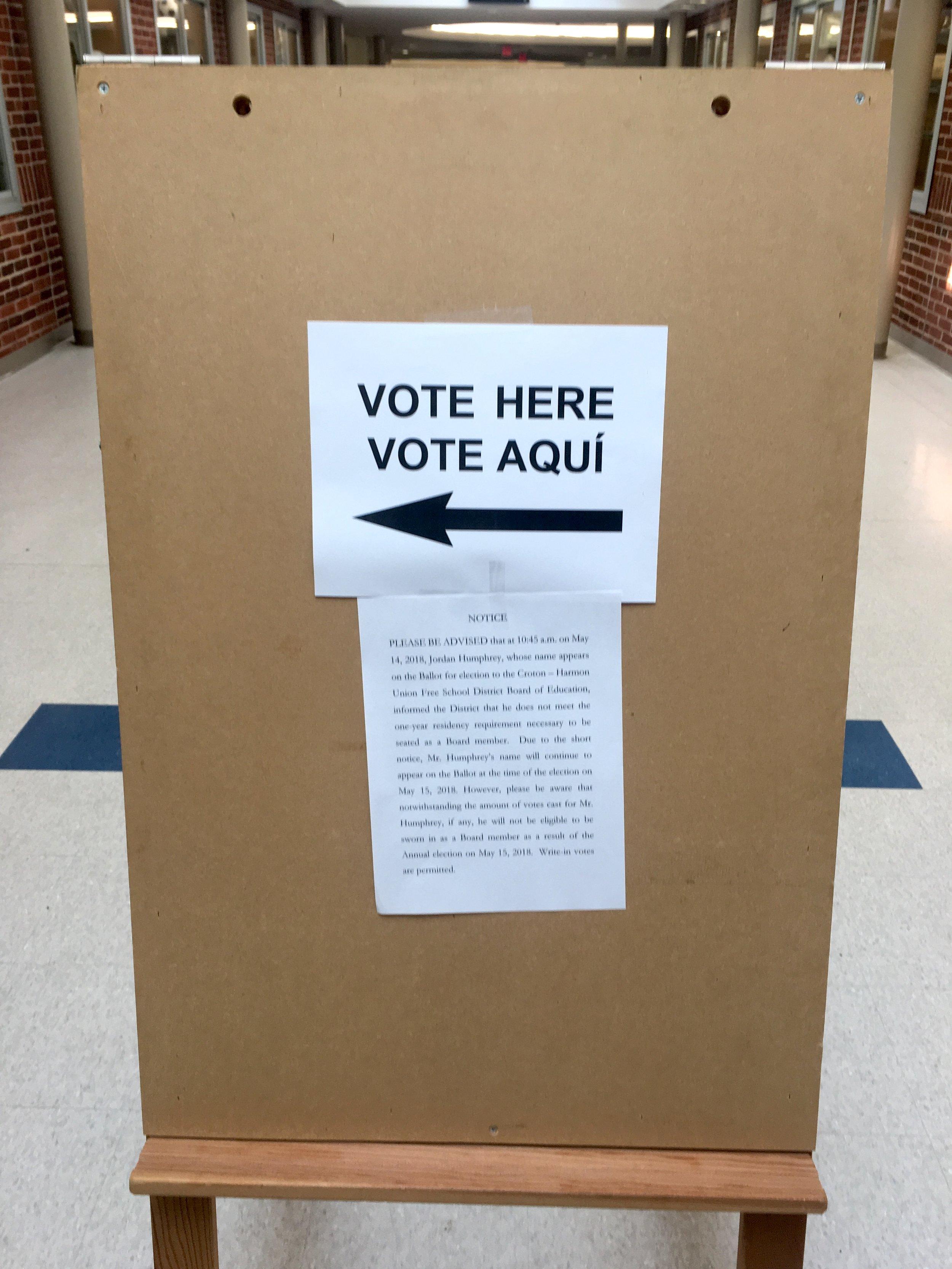 School Board Vote IMG_0962.JPG