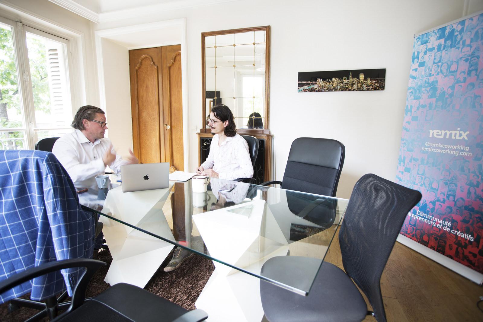 _5 Salle de réunion espace de coworking paris Remix Turbigo.jpg