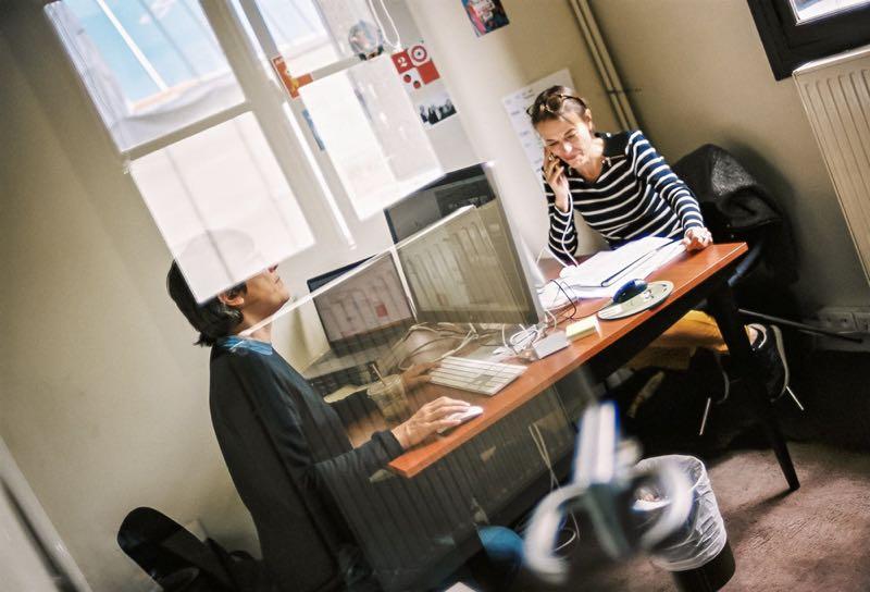 Bureau fermé 2 personnes coworking.jpg