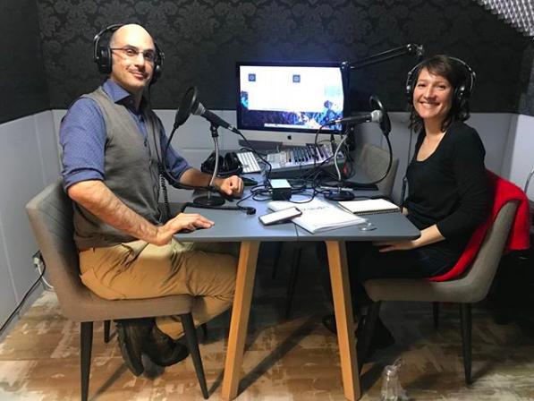 Hazem et Nathalie dans le studio de la Remix Radio au 16 rue de Bucarest