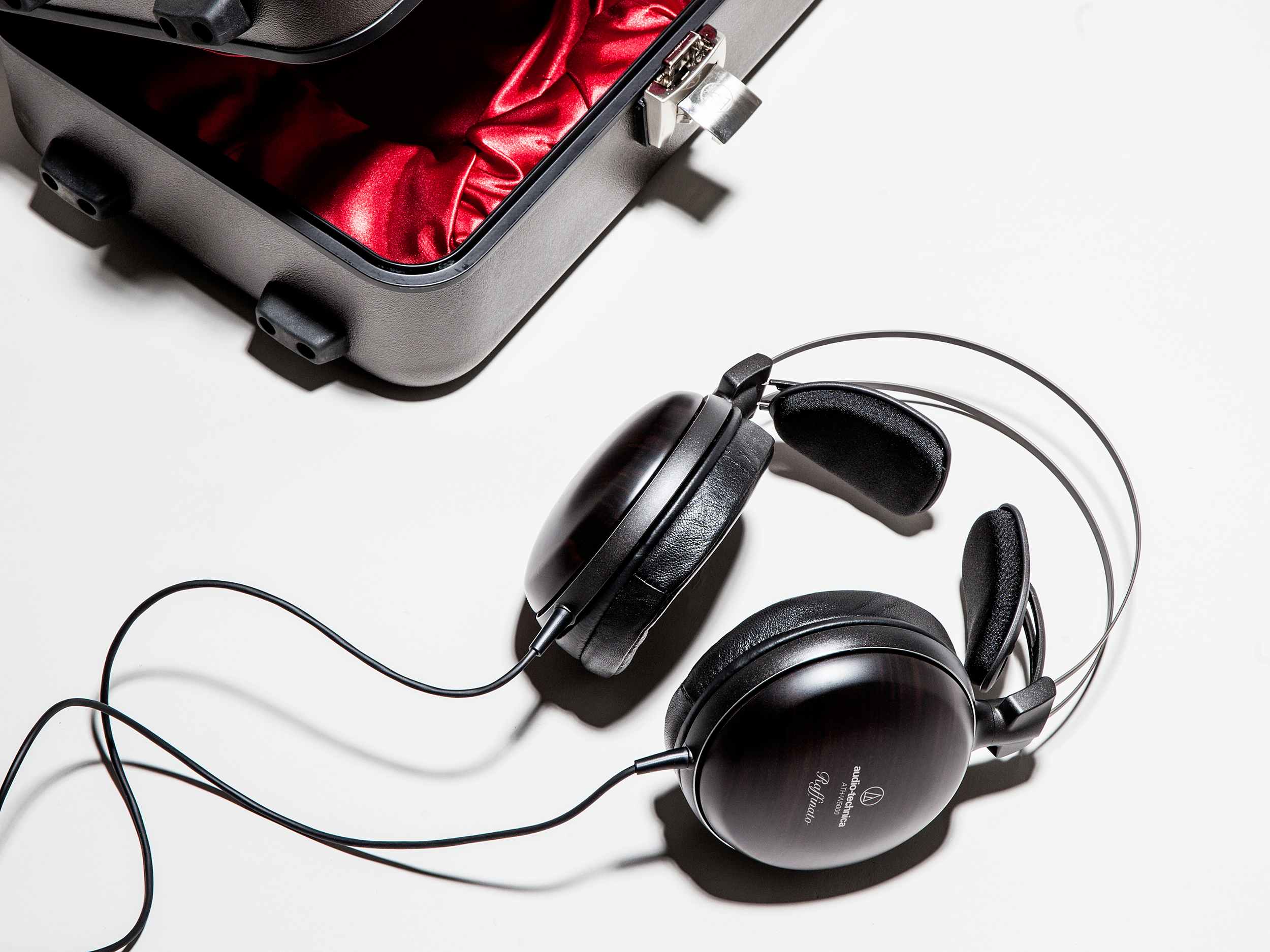 20140507-HEADPHONES-GALLERY-194edit.jpg