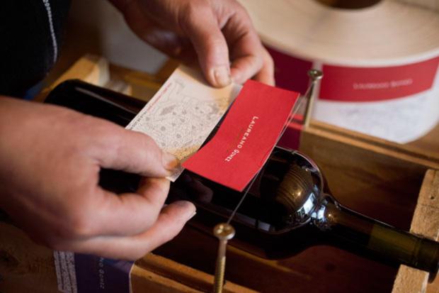 Laureano Gomez hand labeler.jpg