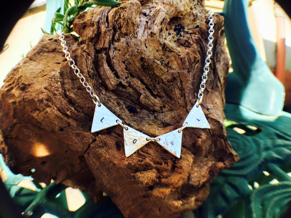 "Bunting Necklace ""LOVE"""