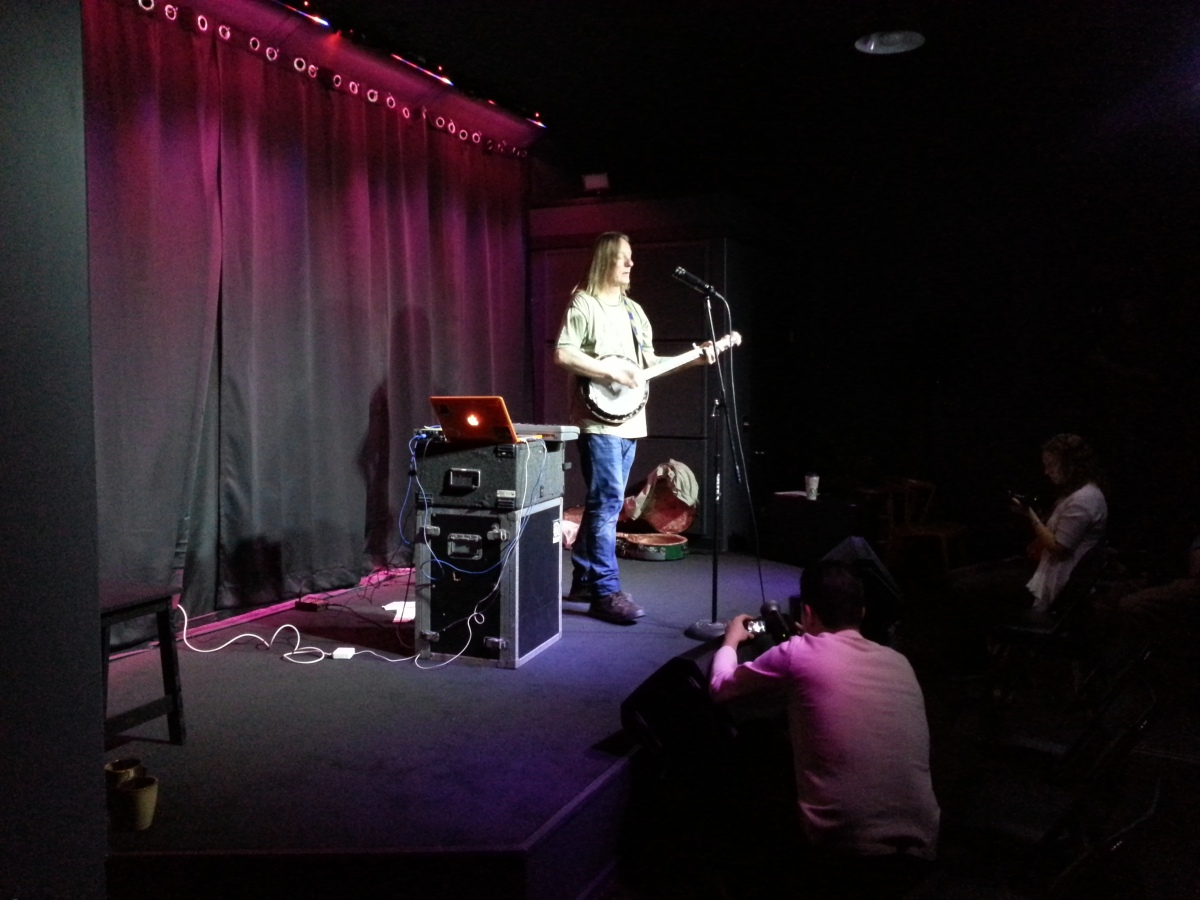 Danny Barnes on the Lingua Musica Show 3-22-14