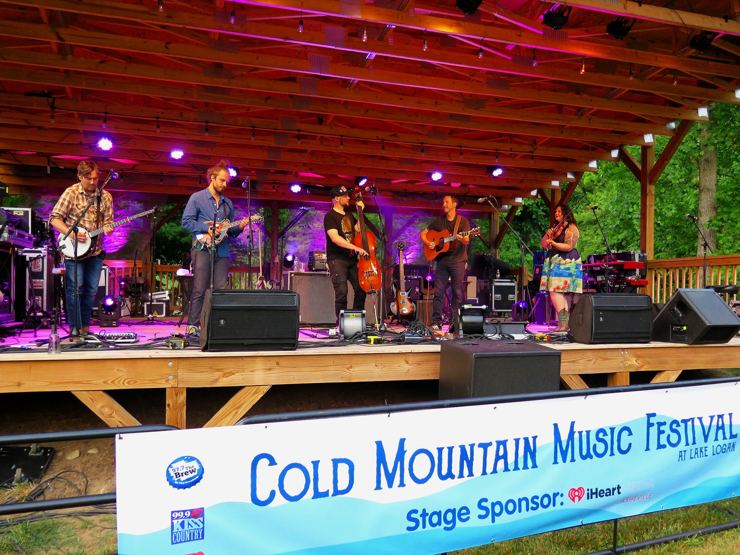 Yonder Mountain String Band performs at Lake Logan, NC 6-1-19